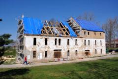 Práce prováděné v roce 2019 vyžadovaly poměrně dost pomocných konstrukcí