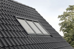 Systém izolace ThermoTechnology™ či ventilační klapka umožňuje větrání i při zavřeném okně