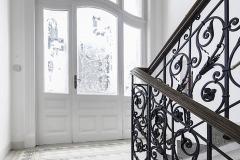 Všechny autentické prvky na chodbách a schodišti byly s velkou péčí obnoveny